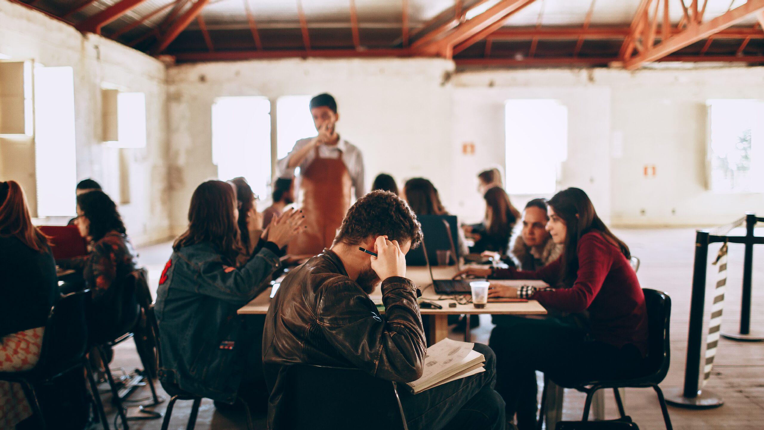 Faire partie d'une Junior-Entreprise: quels apports pour le monde professionnel ?