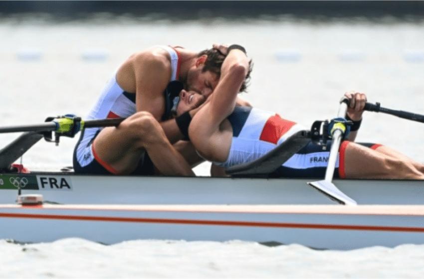 Matthieu Androdias, diplômé de l'INSA Toulouse remporte l'or en aviron avec Hugo Boucheron