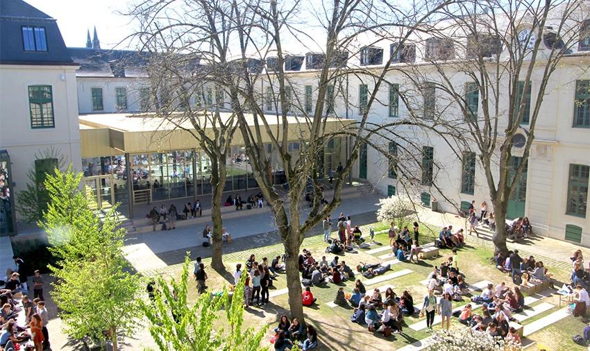 Rachel, étudiante au campus euro-américain de Sciences Po